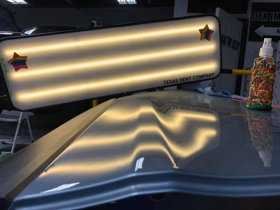 light for car dent